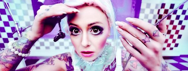 Kobieca twarz Cropp Tattoo Konwent