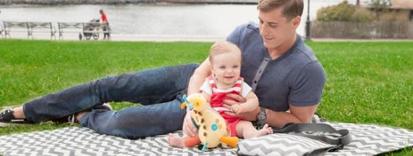 Rodzinny piknik na łonie natury