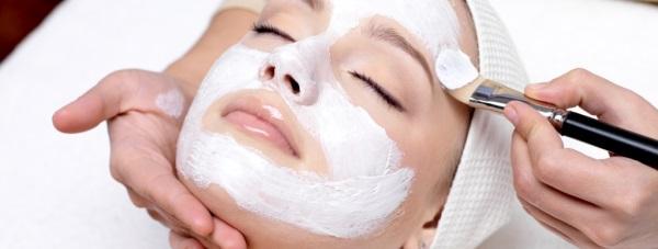 Profesjonalne zabiegi skutecznie nawilżające skórę