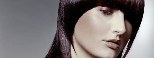 Keratynowe prostowanie włosów nadzieją na gładką fryzurę