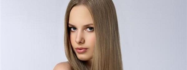 Co jeść, żeby włosy były mocne i zdrowe? Dieta dla zdrowych włosów połączona z suplementem Vitapil®