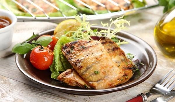 Sandacz glazurowany sosem imbirowym