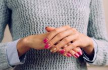Jak pielęgnować dłonie i stopy, aby były piękne na lato