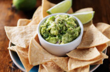 mexican guacamole and tortilla chips