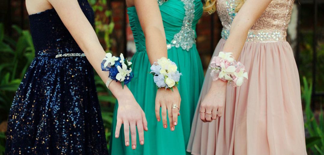 Modne sukienki w wieczorowym stylu