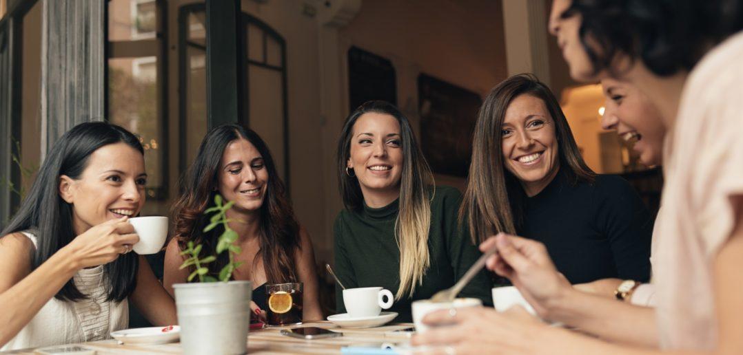 Czas na herbatę – dlaczego warto ją pić?